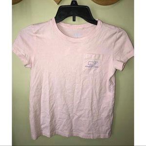 Tops - Vineyard Vines tshirt